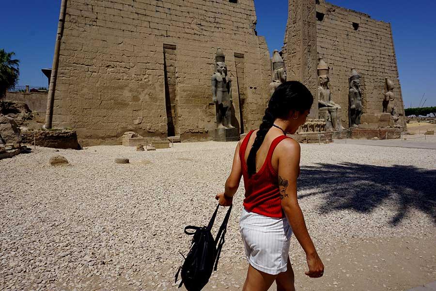 como vestir en egipto en verano
