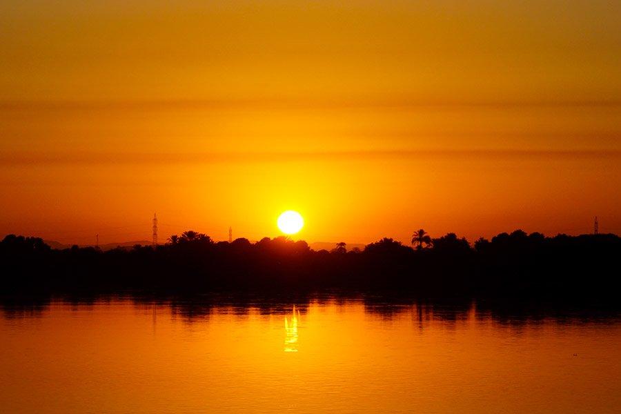 amanecer en aswan