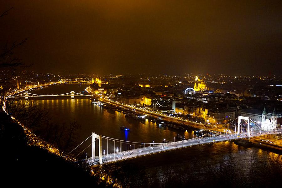 Ciudadela de Budapest en la colina Gellért