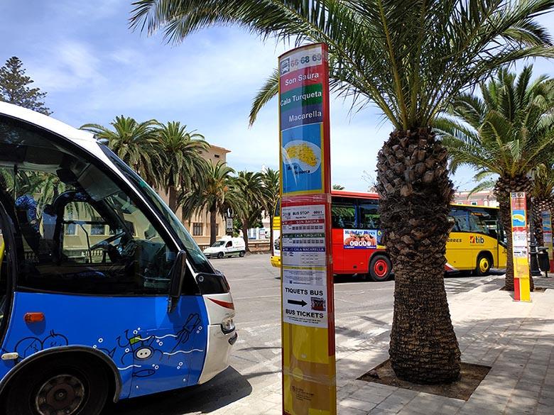 autobus a cala macarella