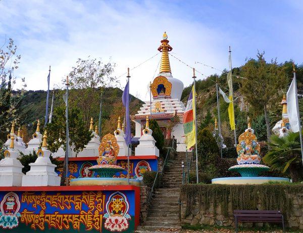 templo budista de panillo huesca