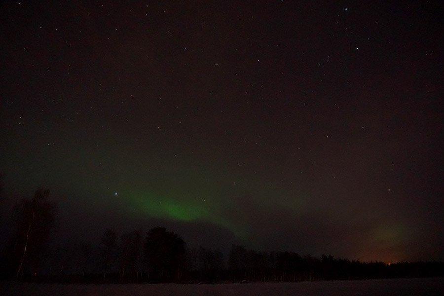 como ver auroras en finlandia