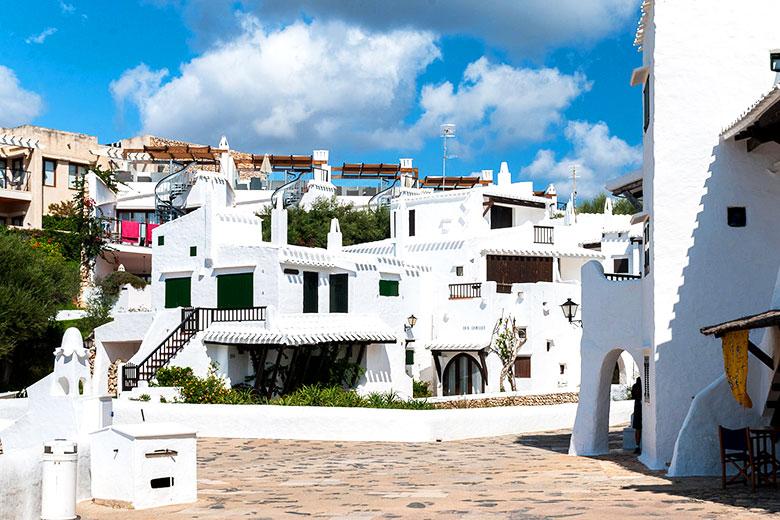 alojamientos en Binibeca Menorca