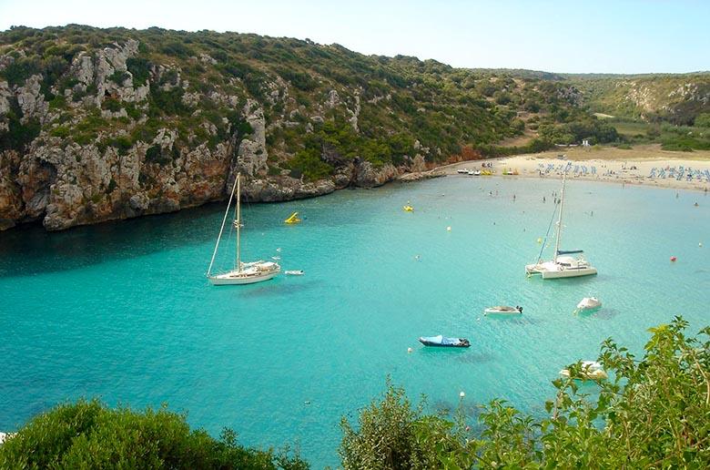 donde alojarse en Menorca con niños