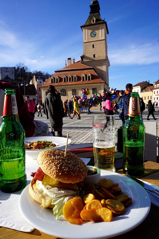 presupuesto comer en Rumanía