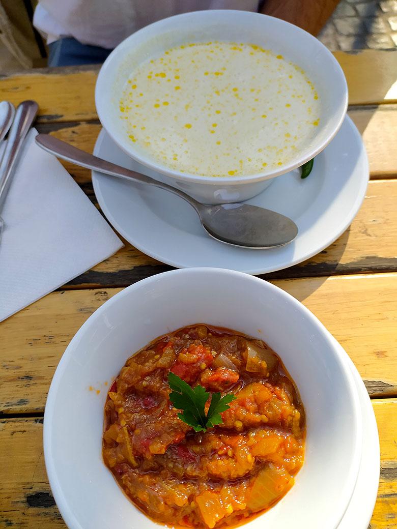 sopa comida tipica rumana