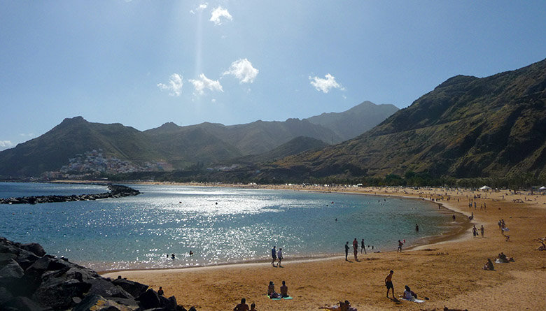 La playa de Las Teresitas Tenerife