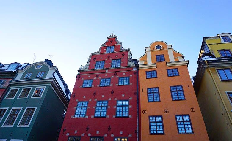 plaza Stortorget casas colores