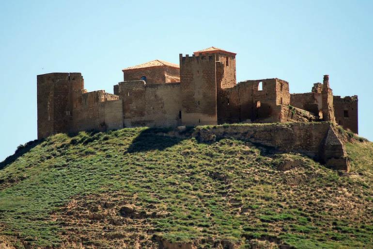 Castillo Montearagón