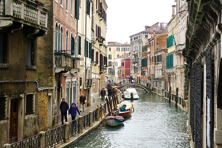 buena zona donde dormir en Venecia