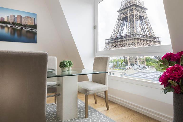 Apartamento con vistas a la Torre Eiffel