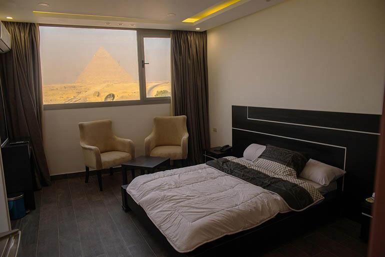 hotel frente piramides egipto