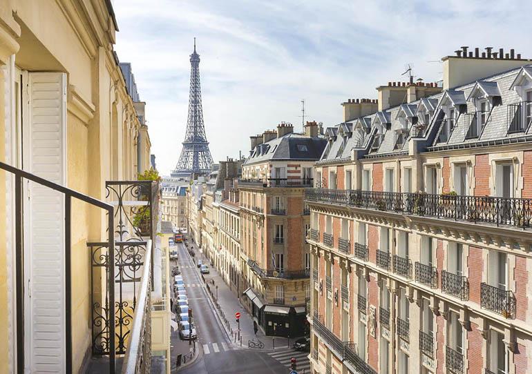 hoteles baratos con vistas a la Torre Eiffel.