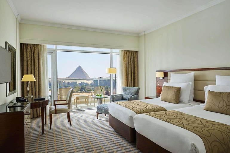 hotel de lujo en las pirámides de Giza