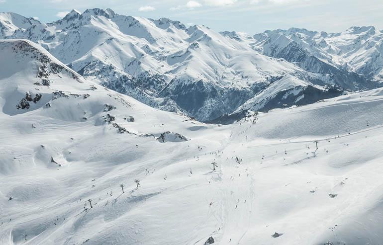 que ver en el valle de Tena en invierno